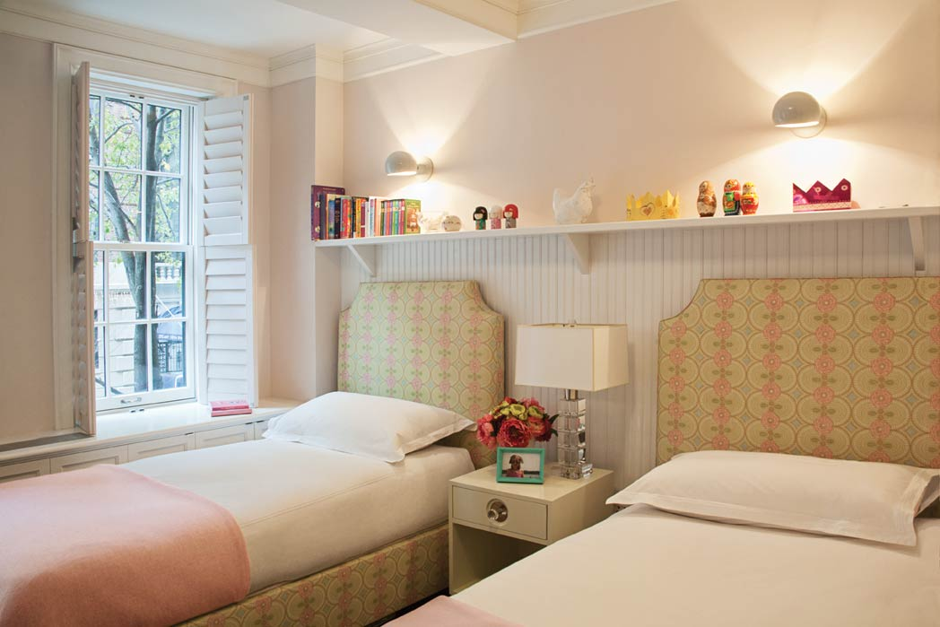 2_portfolio-peach-bedroom