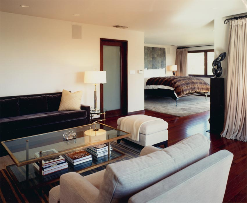3_living-room-bed