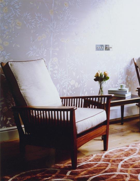 3_wood-chair