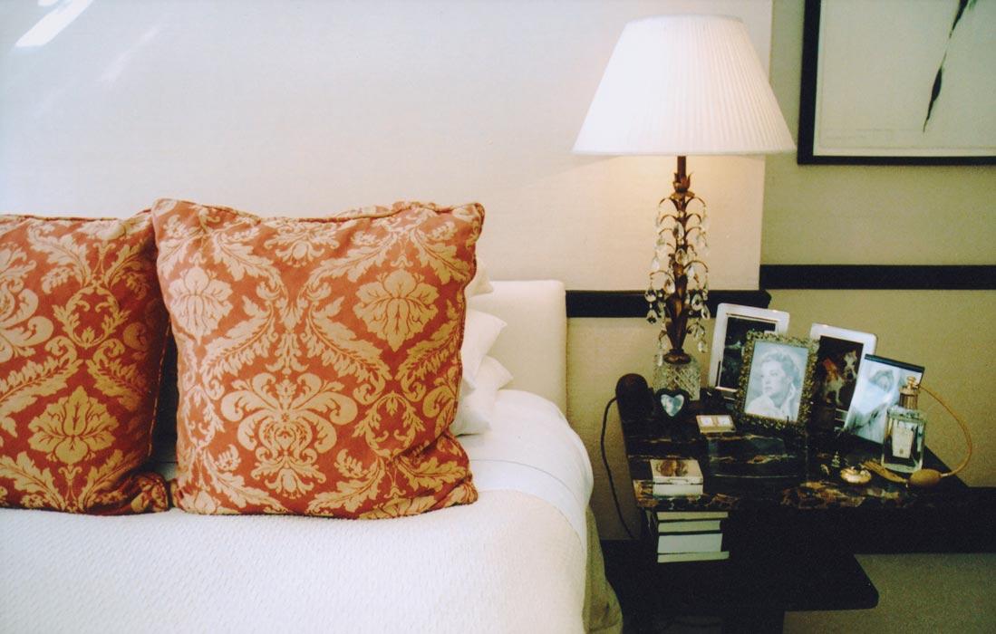 5_bed-pillows