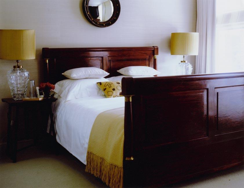 5_wood-bed-frame