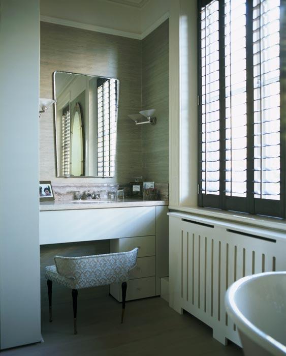 6_bathroom-mirror